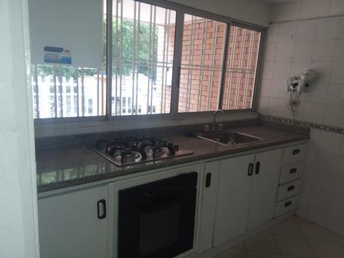 en-venta-casa-barrio-ceiba-dos-cúcuta-evya-3-csv-en-venta-y-arriendo (8)